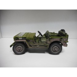 WILLYS MB 1941 JEEP US ARMY DIRTY AUTOWORLD 1:18