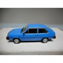 VOLVO 343 BLUE POLONIA CARS DeAGOSTINI IXO 1/43