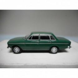 VOLVO 144 GREEN POLONIA CARS DeAGOSTINI IXO 1/43