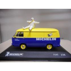 FIAT 238 MICHELIN ALTAYA IXO 1:43 HARD BOX