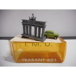 REVOLUTION GLASNOST TRABANT 601 BERLIN 1:87 H0 IMU USADO/VER FOTOS